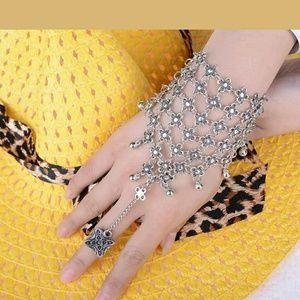 Jewelry - Flower Beads & Tassels Silver Harem Bracelet